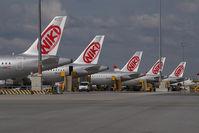 OE-LED @ VIE - Fly Niki Airbus A319