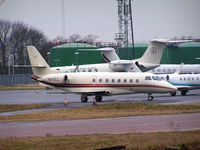 4X-CLL @ EGGW - Visiting Luton - by Andy Parsons