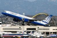 N589UA @ LAX - United Airlines N589UA (FLT UAL69) departing RWY 25R enroute to Lihue (PHLI) - Kauai, Hawaii. - by Dean Heald