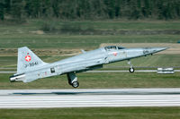 J-3041 @ LSMP - former Austrian lease F-5.
