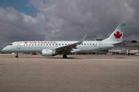C-FHKI @ KMIA - Air Canada Embraer 190
