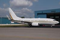 N720CH @ KOPF - Boeing 737-700