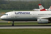 D-AIRP @ VIE - Lufthansa Airbus A321-131 - by Joker767
