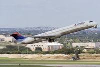 N965DL @ KSAT - takeoff from KSAT
