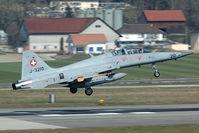 J-3210 @ LSMP - ecm aircraft