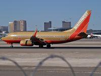 N751SW @ KLAS - Southwest Airlines / 1999 Boeing 737-7H4