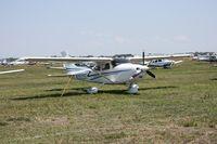N3525T @ LAL - Cessna 182T