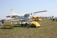 N4439R @ LAL - Cessna A185F