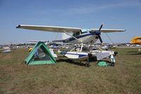 N4972Q @ LAL - Cessna A185F