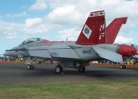 165894 @ YMAV - US Navy Super Hornet at Australian International Airshow 2007 - by red750