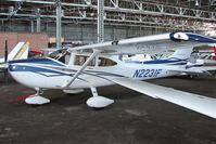 N2231F @ EGPT - Cessna 182T at Perth
