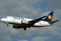 D-ABIN @ VIE - Lufthansa Boeing 737-530 - by Joker767