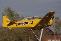 20370 @ CYQF - Canada Air Force Harvard IV - by Yakfreak - VAP
