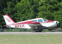 N123JC @ DTN - Starting to roll for take off on runway 14 at the Shreveport Downtown airport. - by paulp