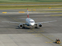 OE-LDF @ LOWW - OS Airbus A 319 and a `follow me car'.
