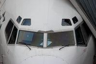 D-ABEC @ TXL - Boeing 737-330