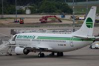 D-AGEK @ TXL - Boeing 737-3M8
