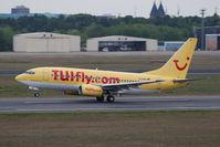 D-AHIA @ TXL - Boeing 737-73S