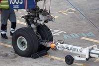 N1605 @ TXL - Boeing 767-332