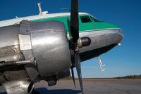 C-FLFR @ CYHY - Buffalo Airways DC3