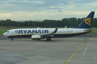 EI-EBE @ EIDW - Ryanair B737 in the evening at Dublin - by Terry Fletcher