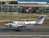 N1093Z @ TNCM - taking off rn10 - by daniel jef
