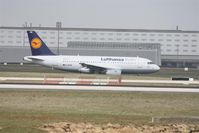 D-AKNH @ LFPG - on landing at CDG whis new paint - by juju777