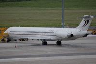 OE-IKB @ VIE - MD-83