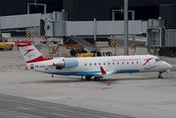 OE-LCQ @ VIE - Bombardier Inc CANADAIR CL600-2B19