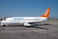 C-GNAU @ CYVR - Air North Boeing 737-200