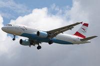 OE-LBO @ VIE - Airbus A320-214