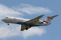 OE-LFP @ VIE - Fokker 70