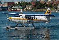 C-GHAZ @ CYWH - Harbour Air Dash 3