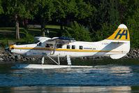 C-GOPP @ CYWH - Harbour Air Dash 3
