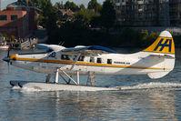 C-FHAX @ CYWH - Harbour Air Dash 3