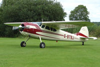 G-BTBJ - Classy Cessna 195 at the 2009 Stoke Golding Stakeout event