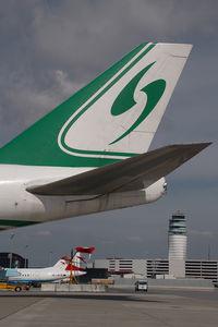 B-2422 @ VIE - Jade Cargo Boeing 747-400