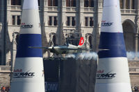 N19ZE - Red Bull Air Race Budapest 2009 - Yoshihide Muroya cutting the AirGate! - by Juergen Postl
