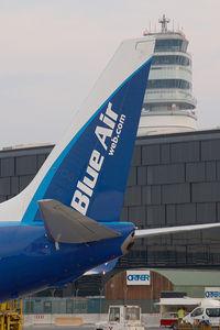 YR-BIC @ VIE - Blue Air Boeing 737-800