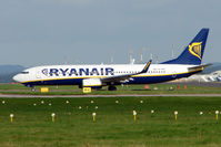 EI-DHS @ EGNX - Ryanair taxies for departure from East Midlands