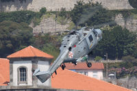 19203 - Red Bull Air Race Porto 2009 - Portugal Navy - Westland WG-13 Lynx Mk95