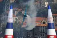 N395JM - Red Bull Air Race Porto 2009 - Mike Goulian - by Juergen Postl
