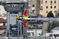 N806PB - Red Bull Air Race Porto 2009 - Peter Besenyei - by Juergen Postl