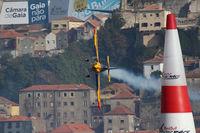 N19MX - Red Bull Air Race Porto 2009 - Matt Hall - by Juergen Postl