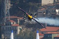 N423KC - Red Bull Air Race Porto 2009 - Kirby Chambliss - by Juergen Postl