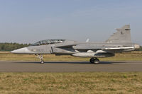 39820 @ EBBL - Czech Air Force JAS39D taxying to the active - by FBE