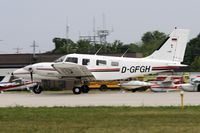 D-GFGH @ KOSH - Landing 27 at OSH - by Todd Royer