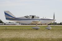 N65SG @ KOSH - Taxi for departure