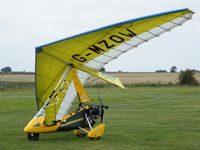 G-MZOW - Pegasus Quantum at LongAcre Farm, Sandy