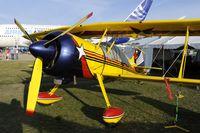 N393EC @ KOSH - Oshkosh EAA Fly-in 2009